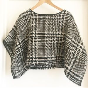 Free People Houndstooth Cape